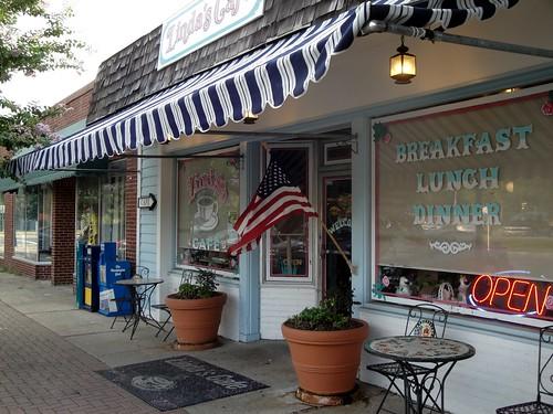 Linda's Cafe, Lexington Park