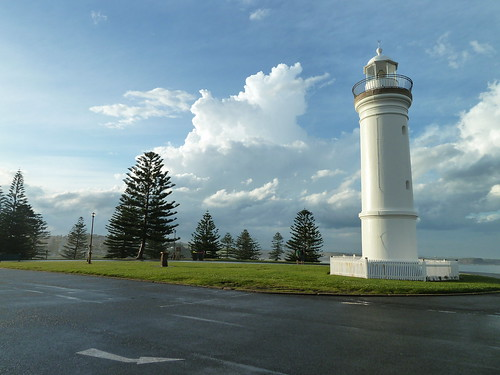 Kiama Lighthouse | by Dushan and Miae