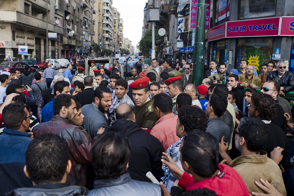 طرد الشرطة العسكرية من ميدان التحرير