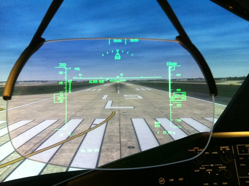 scott airplane aviation jet continental cockpit boeing hud runway flightdeck airliner jetliner 787 vanwalsum headsupdisplay boeing787