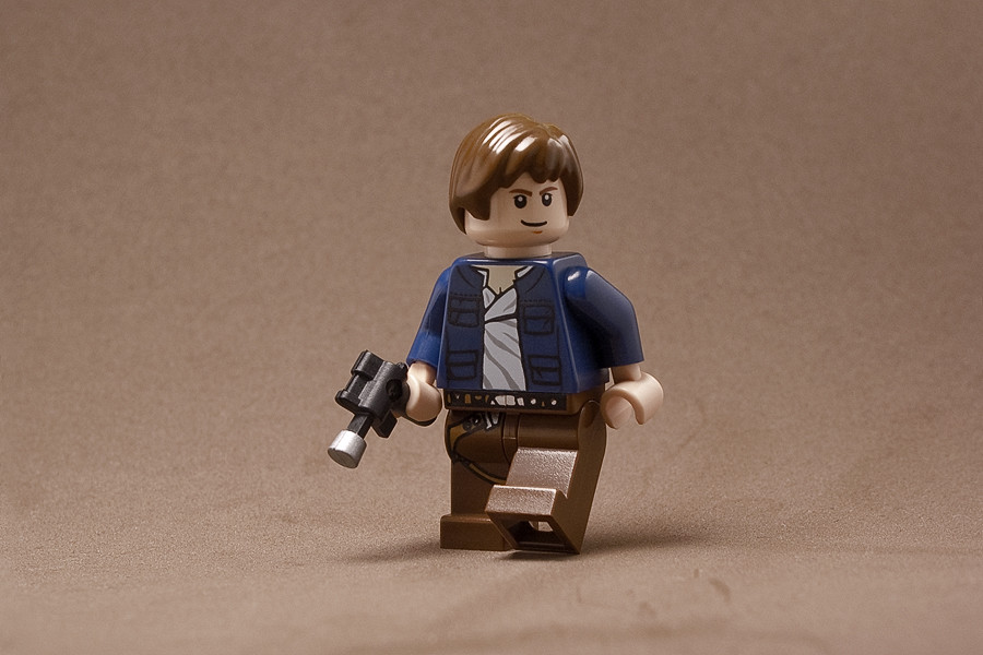 Lego Star Wars Custom Han Solo Minifig w// Blaster NEW