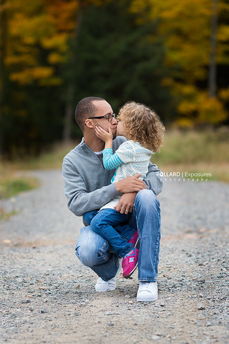 daddy kisses | by Pollard Exposures Photography