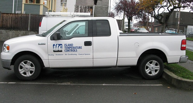 Island Temp vehicle graphics
