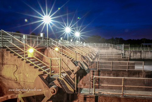 dam night nighttime stluciedamlights starburst concrete machinery stairs stairway stuart florida usa outdoors outside