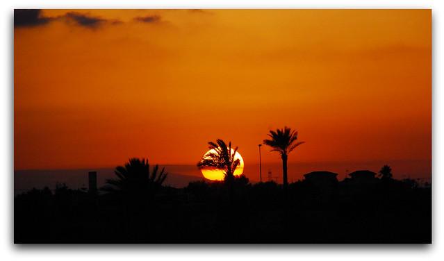 Los Alcázares. El sol se esconde...The sun goes down ..