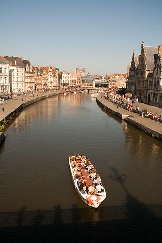 Barca sul canale