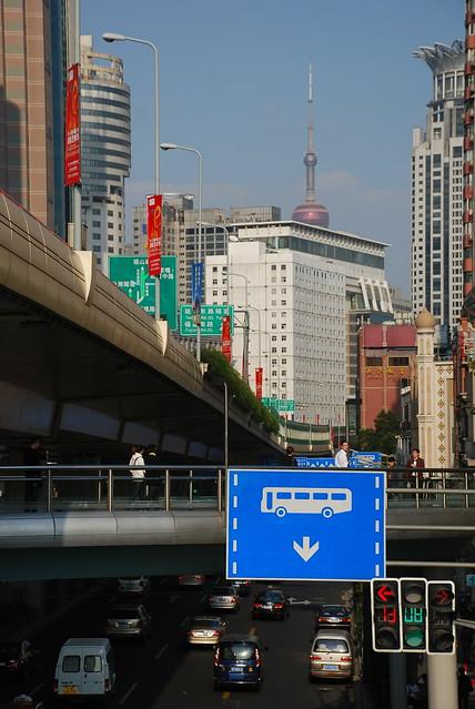 frank in china oct 2011---herzlich willkommen in der zukunft-----welcome to the future