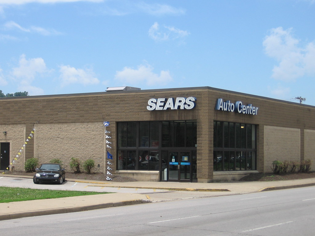 Sears Auto Center | Due to the constraints of the Town Cente