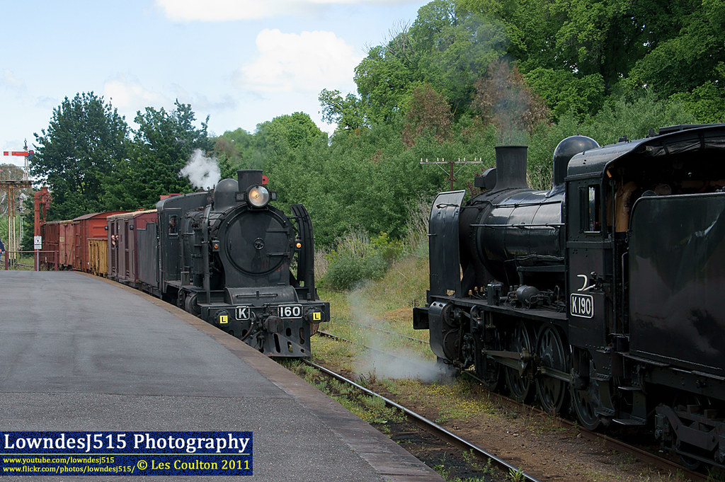 K190 & K160 at Castlemaine by LowndesJ515