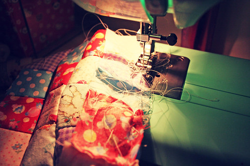 sewing messily | by amberrenée.com