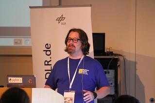 Mark Fink at his talk at PyConDE 2011   by it-spirit