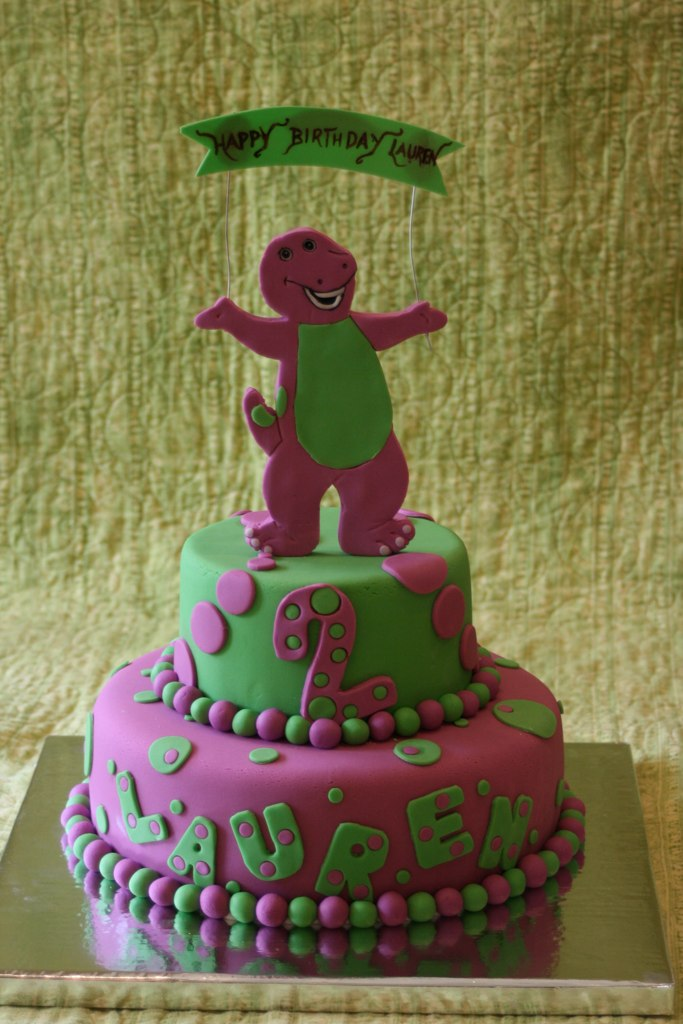 Astonishing Barney Cake Laurens 2Nd Birthday Cake Barney Is Made Fro Flickr Personalised Birthday Cards Cominlily Jamesorg