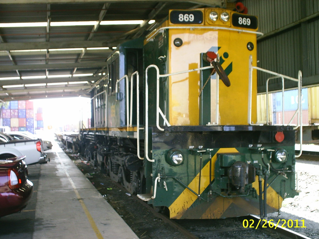ALCo/Goodwin DL531G 830 class 869 at Yennora NSW