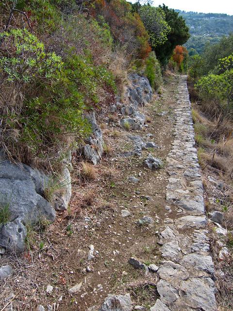 Along the Sentiero dei Fortini