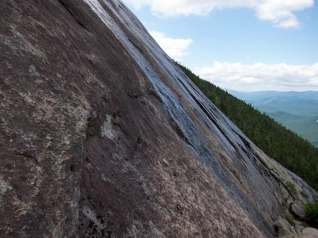 1:57:14 (33%): hiking newhampshire whitemountains franconianotch mtlafayette mtlincoln shiningrock franconiarange shiningrockspur