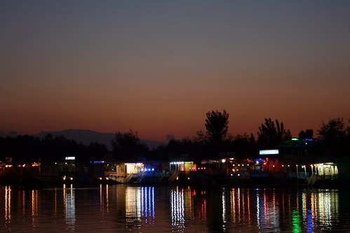 lake reflection public water night canon landscape dal kashmir jk houseboats dallake sujitphotography indiatrip2011