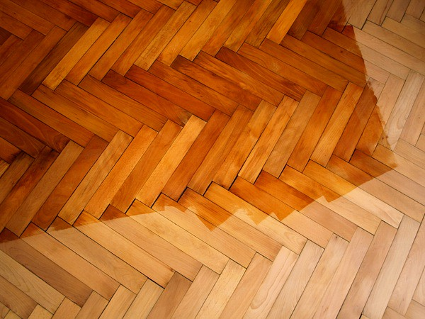 Varnishing Hardwood Parquet