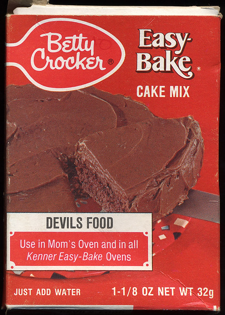 Betty Crocker Easy-Bake Oven Cake Mix, 1972