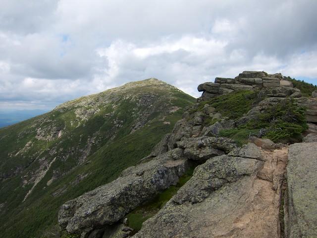 3:34:03 (60%): hiking newhampshire whitemountains franconianotch mtlafayette franconiaridgetrail mtlincoln franconiarange
