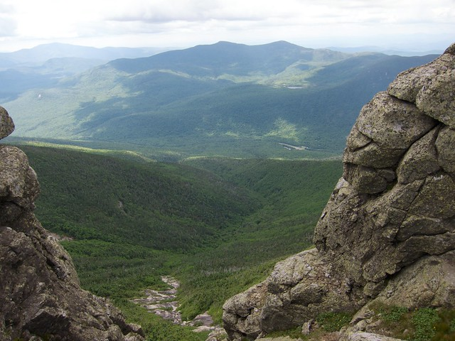 3:03:21 (51%): hiking newhampshire whitemountains franconianotch mtlafayette franconiaridgetrail mtlincoln franconiarange