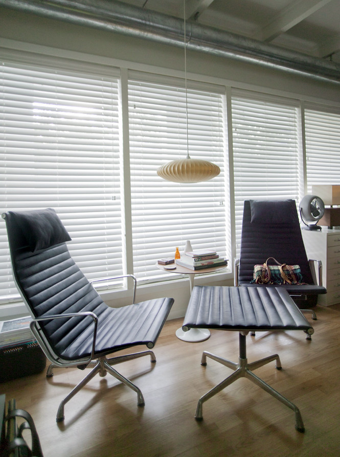 Eames Aluminum Group Lounge Chairs And Ottoman The Lounge Flickr