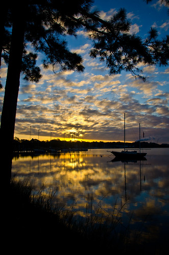 morning november water clouds sailboat sunrise reflections bay florida pinetrees mattgerlachphotography