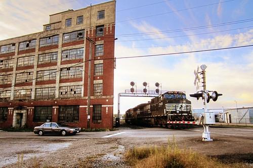 railroad morning ohio abandoned sunrise canon paintshop october factory powershot handheld oh paintshoppro mansfield elph westinghouse norfolksouthern 2011 photomatix mansfieldohio tonemapped tonemapping tonemap nikcolorefex powershotelph300hs