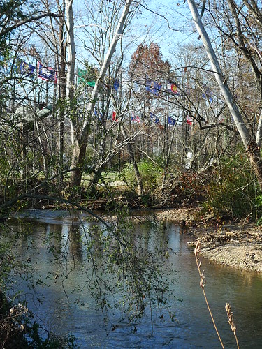 creek memorial flags veterans greenway wolftever
