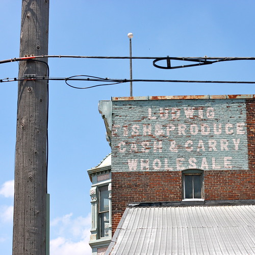 LaPorte, Indiana 2011: Ludwig Fish & Produce Cash & Carry | by kevin dooley