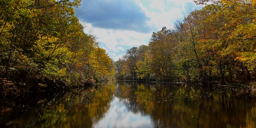 sky fall water clouds connecticut ct foliage huntingtonstatepark