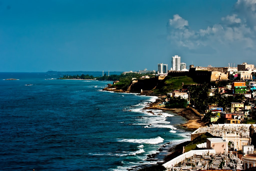 požitky z datovania Puerto Kostarikský mužadatovania vojenskej webovej stránky