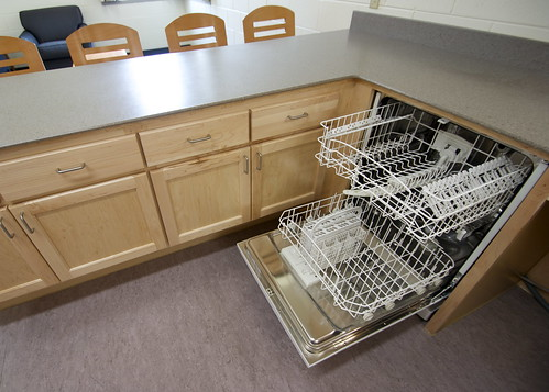 Dishwasher | by UWW University Housing