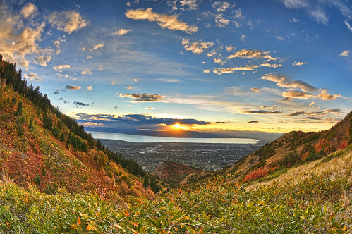 sunset color fall nature leaves clouds utah nikon day ray angle wide fisheye change nikkor cascade hdr provo utahlake orem byu hwy89 squawpeak drycanyon d300 105mm utahvalley uintanationalforest photomatix 7xp pwpartlycloudy