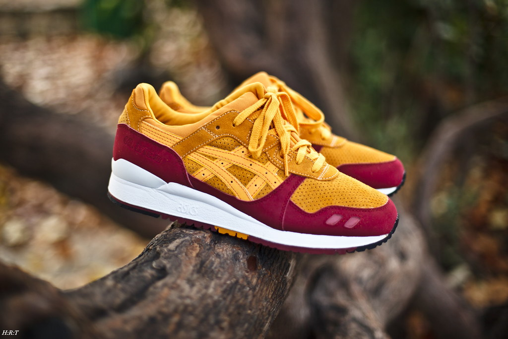 promo code b3f53 e0179 ... StepIntoMyRunningShoes Asics Gel Lyte III x Hanon 'Wildcats' | by  StepIntoMyRunningShoes