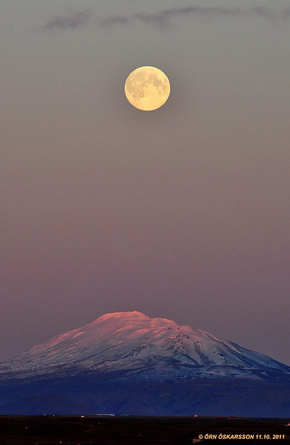 Mt Hekla and the Moon