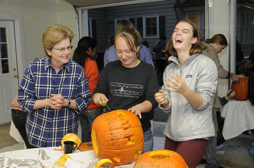 Pumpkin Carving 056