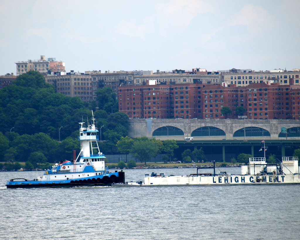 COLONEL Tugboat with Lehigh Cement Barge, Hudson River, Ne