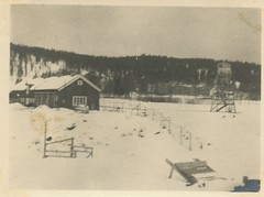 Verkstedbygningen på Falstad (1944?) / The workshop/garage at Falstad (1944?)