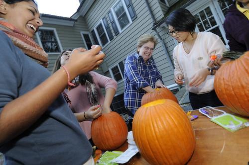 Pumpkin Carving 026