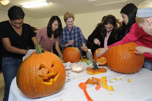 Pumpkin Carving 049