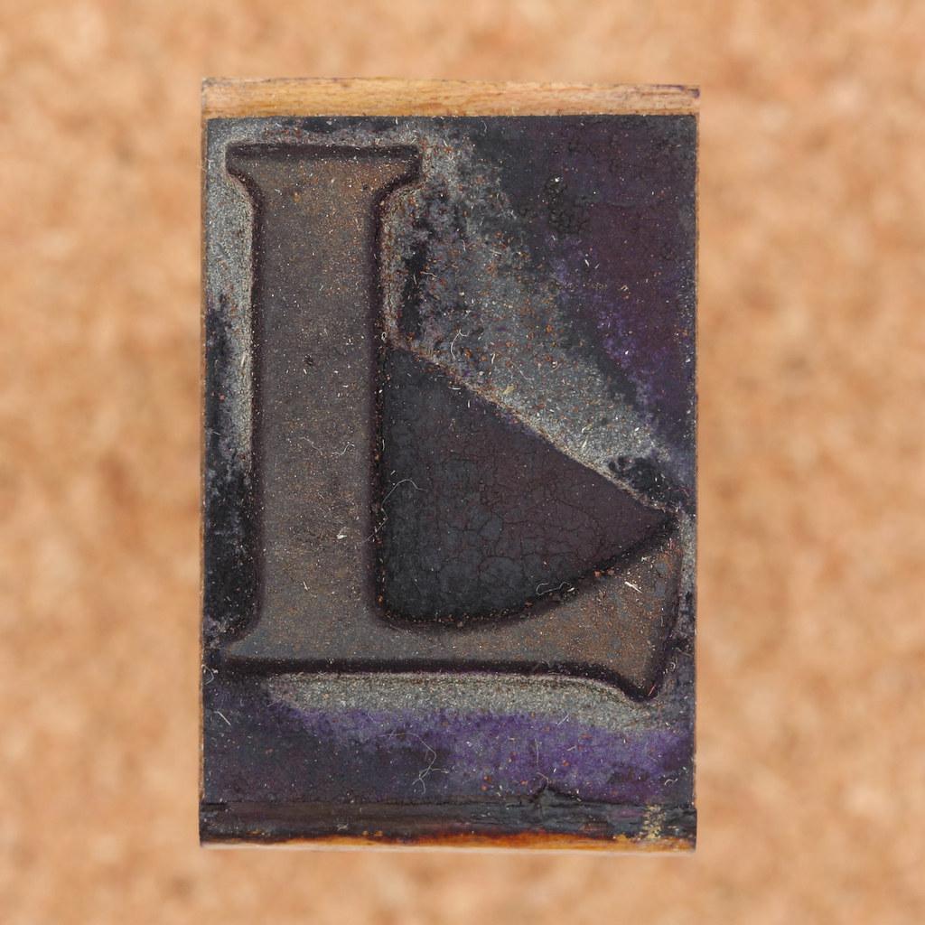 rubber stamp letter L