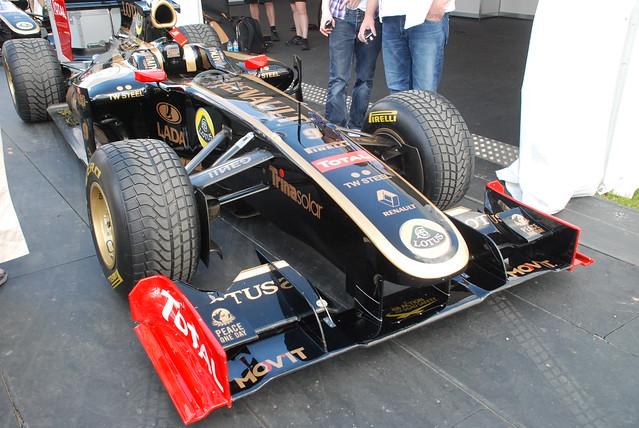 Lotus Renault R29 2009 2.4-litre V8