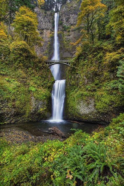 Fall 2011 at Multnomah Falls in Columbia River Gorge - HDR