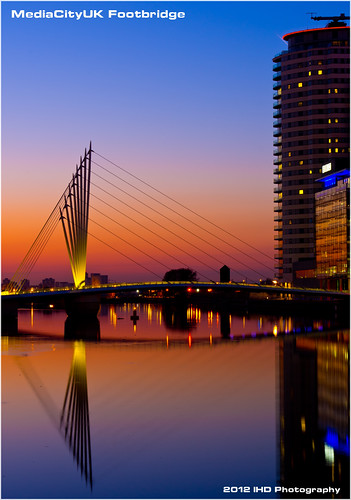 city light sunset reflections manchester canal media ship colours pentax salford quays k5 smcda40mmf28limited