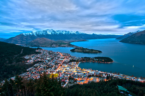Queenstown from Bob's Peak | by indii.org / Lawrence Murray