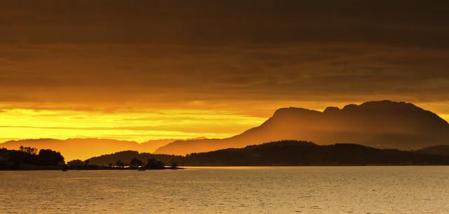 Solnedgang i Bjoafjorden