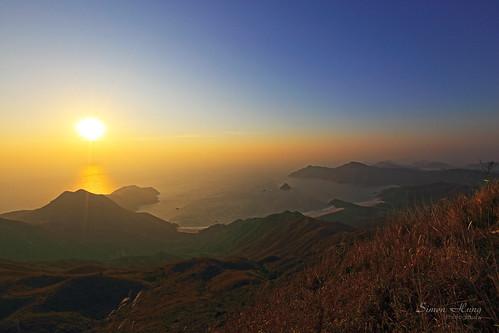 sky cloud nature sunrise canon landscape hongkong outdoor hill ngc january newyear saikung autofocus 2015 greatphotographers abigfave ef1635mmf28liiusm eos5dmarkiii flickrtravelaward january2015