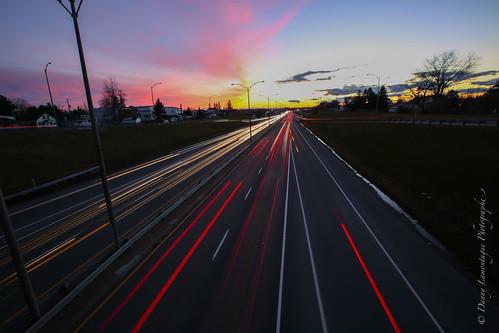 city light sunset canada color speed canon soleil moving highway quebec low coucher fast lane slowshutter autoroute lente couleur ville vite vitesse rapide troisrivières obturation