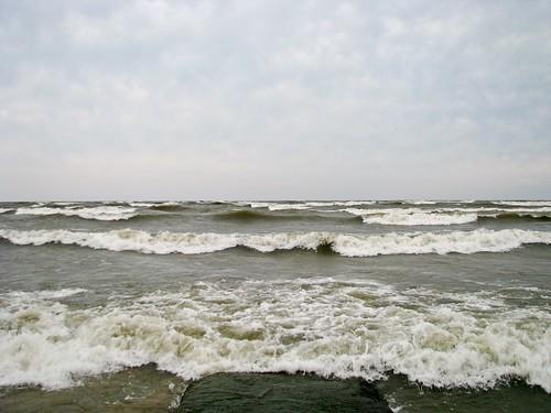 newyork storm surf waves wind hurricane greatlakes irene lakeontario hurricaneirene outerbands