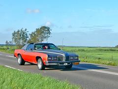 Pontiac Grand Prix, 1977, Uitgeest, Provincialeweg, 08-2011